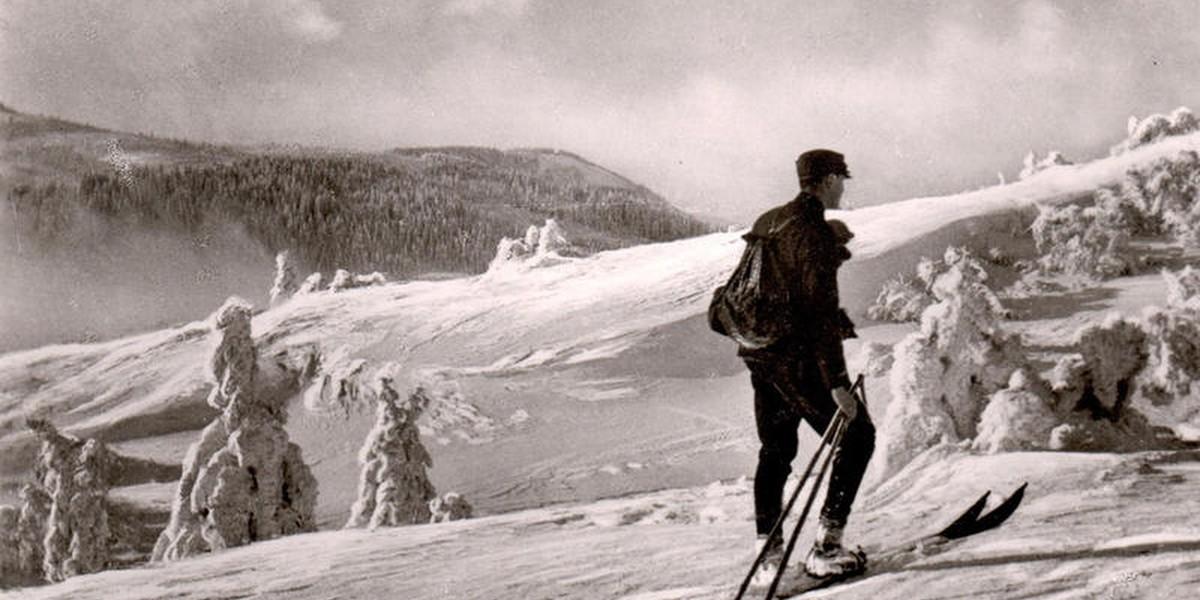 Am 19. März 1891 startet Fritz Breuer zusammen mit seinem Freund Carl Thoma II die Feldberg-Expedition. Doch die Gipfelbesteigung steht von Anfang an unter keinem guten Stern.