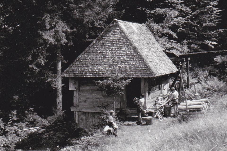 Die Hirschbachmühle - idyllisch zwischen Tannen gelegen - war ein Ferienparadies für die Kinder