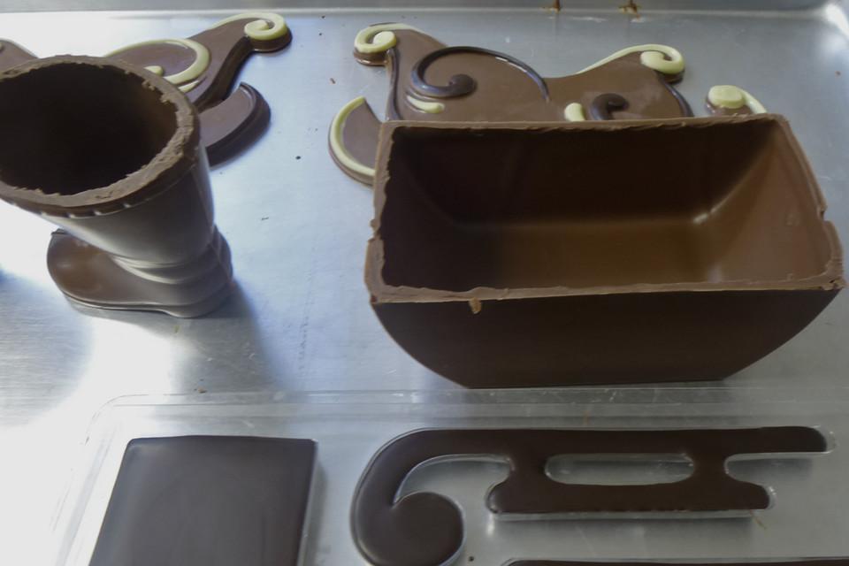 Mit der eigenen Schokoladenherstellung fing sie zu Hause in der Küche an, als Hobby, die Schokolade verschenkte sie an Verwandte und Freunde.