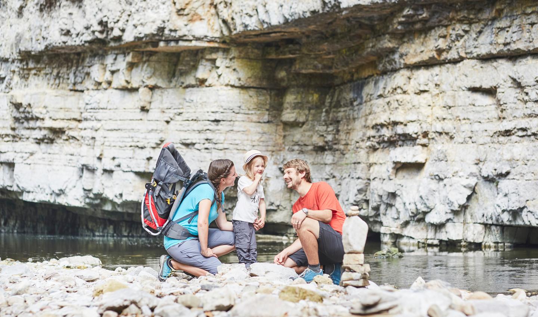 Wanderung mit der ganzen Familie in dem größten Canyon Deutschlands