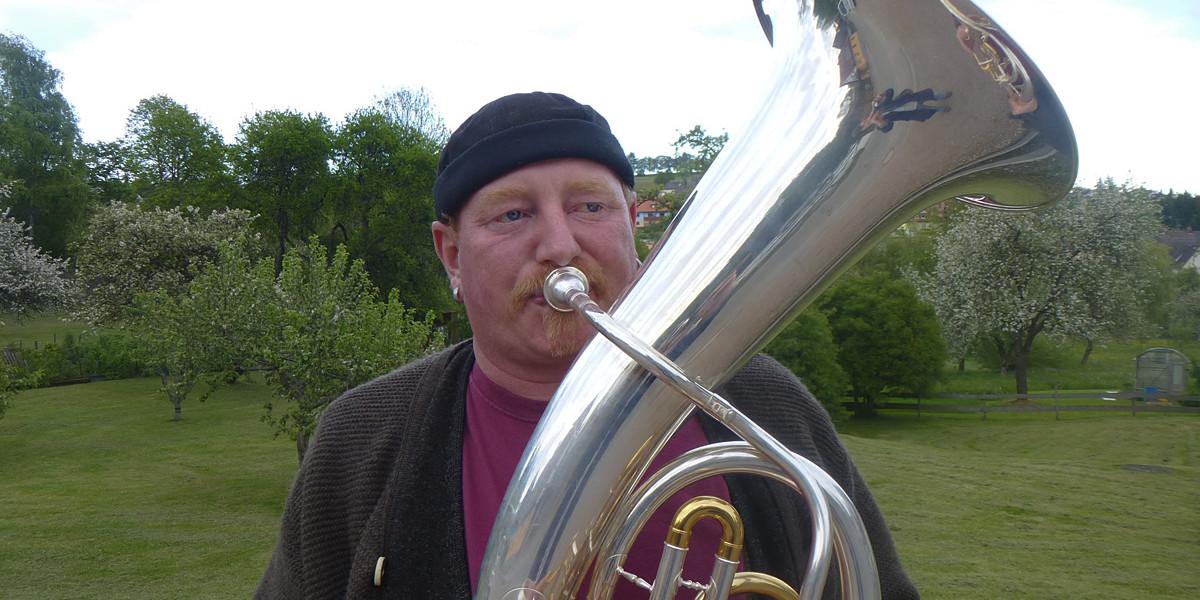 Als Blasmusiker ist Martin Sedlak in seiner Heimat bekannt wie ein bunter Hund – weniger unter seinem richtigen Namen als unter dem Spitznamen, den er seit Kindheitstagen trägt, Flake.