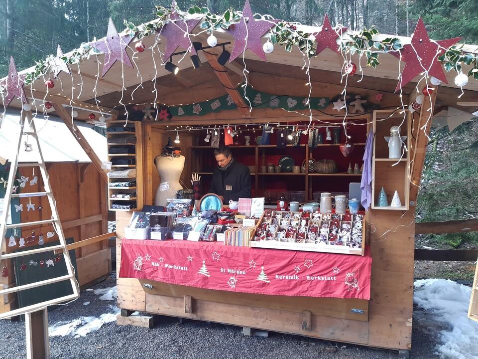 Weihnachtsmarkt in der Ravennaschlucht Stand