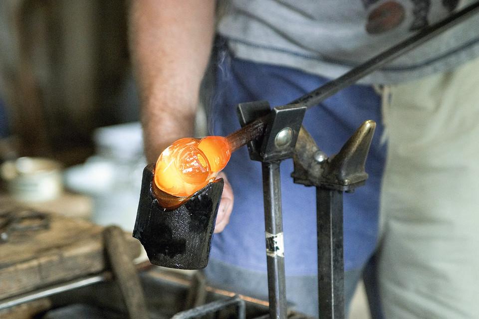 Die eigentlichen Geheimnisse und Kniffe der Glasmacherkunst stellten das persönliche Betriebskapital jedes Glasmachers dar.