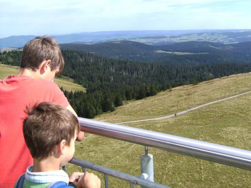 Die Aussicht vom Feldbergturm ist einfach atemberaubend.
