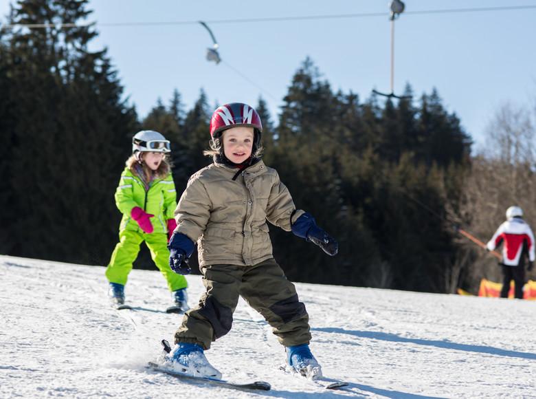 """Und immer schön dran denken: """"Beim Bremsen bilden die Skier ein großes Stück Pizza!"""""""
