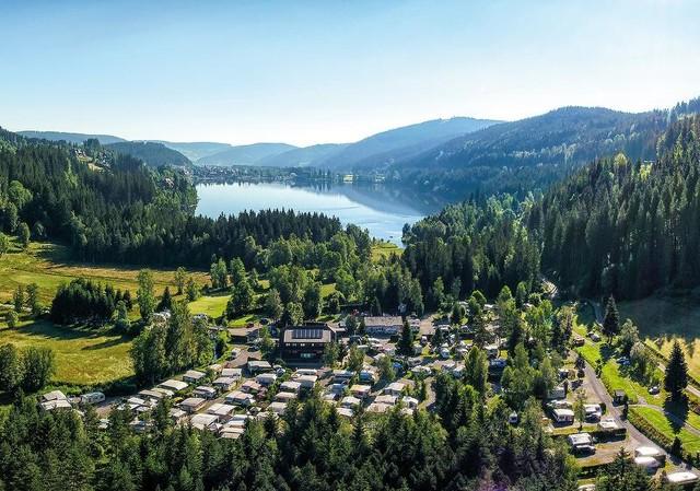 Luftaufnahme des Campingplatz Bankenhof