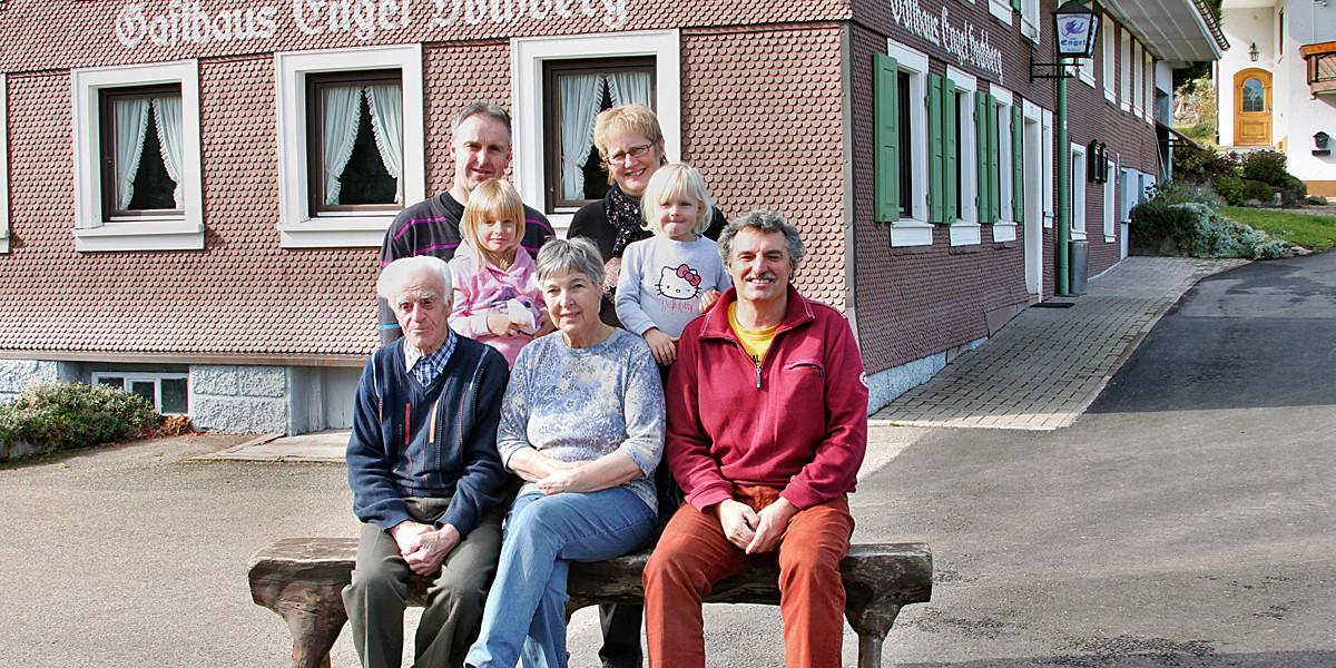 Der Gasthof Engel auf dem Hochberg in Schollach, seit 1919 im Besitz der Familie Waldvogel.