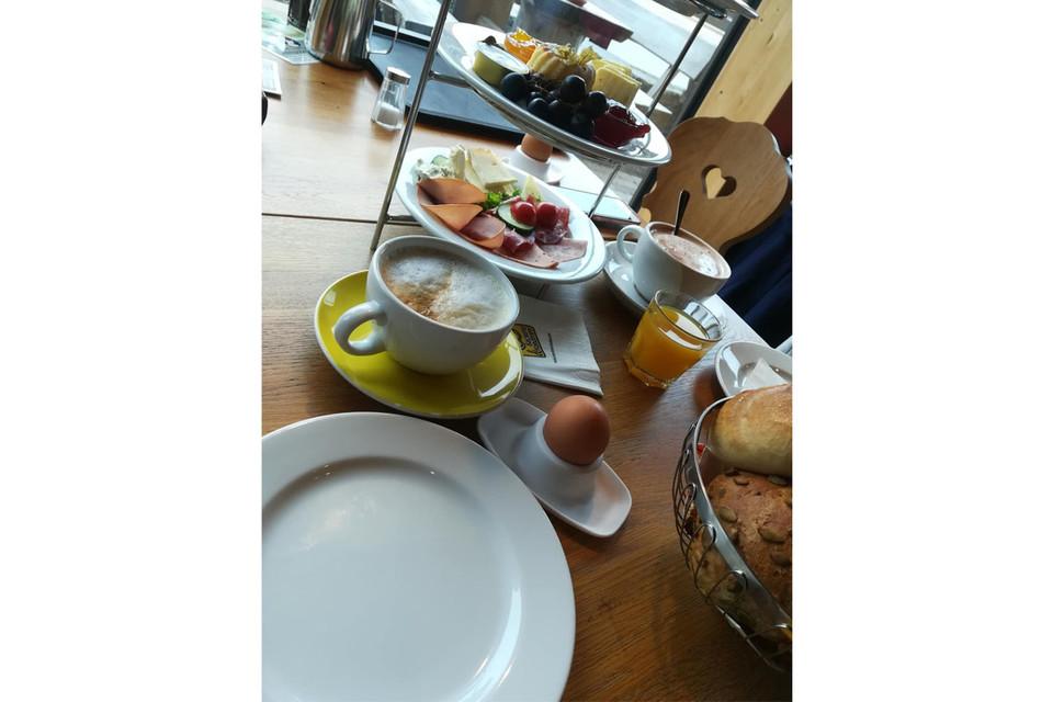 Ein super leckeres und reichhaltiges Frühstück gibt es im Café Schwarzwaldmaidle.