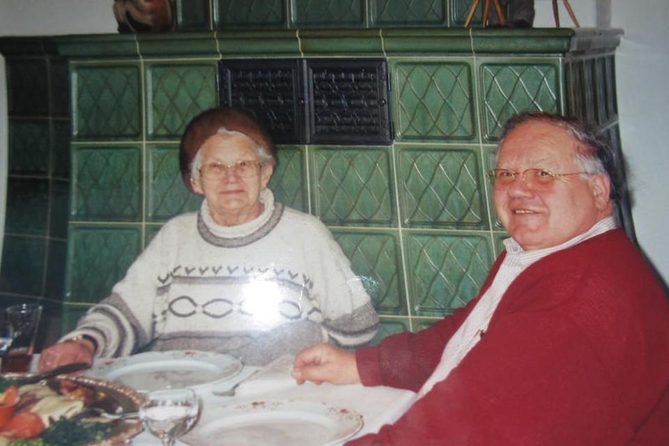"""""""Hier ist meine Familie"""", sagt Guy Hendel, hier zu sehen im Urlaub mit seiner Mutter."""