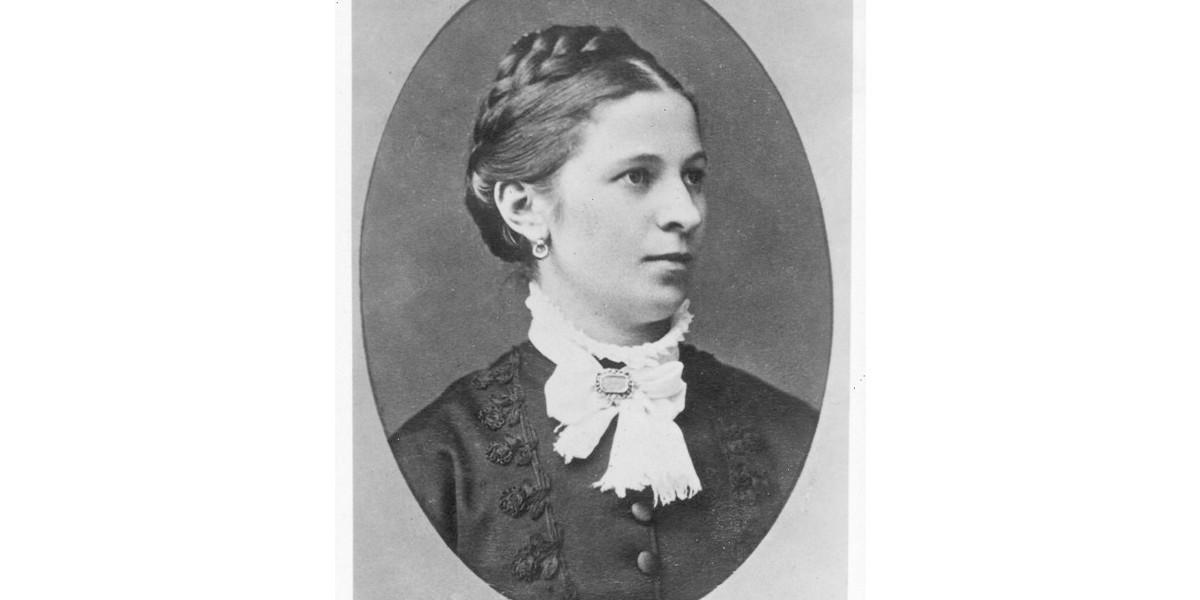 Fanny Mayer Portrait
