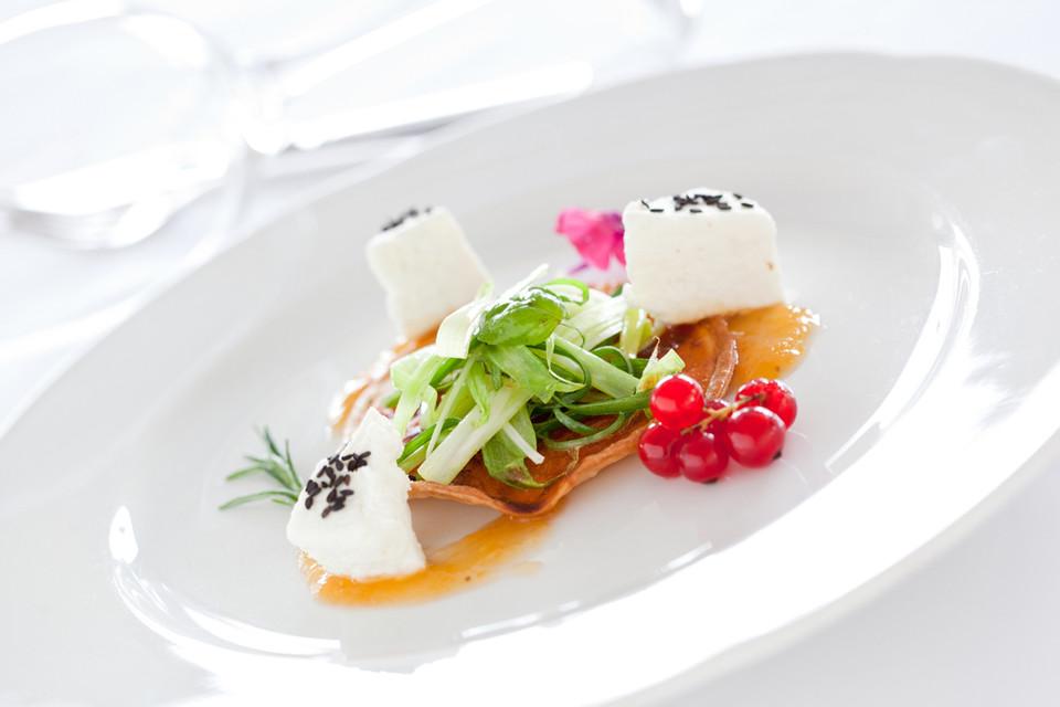 Unsere Gäste erinnern sich gerne an alte Rezepte, sie sind sehr froh darüber, solche Zutaten auf der Speisekarte zu finden.