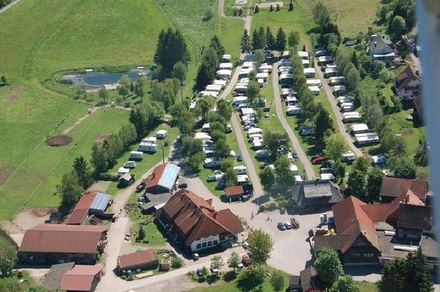 Luftaufnahme des Campingplatz Kreuzhof