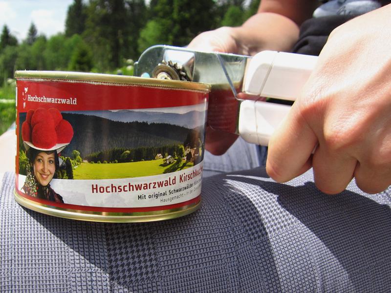 Das Highlight Schwarzwälder Kirschtorte aus der Dose.