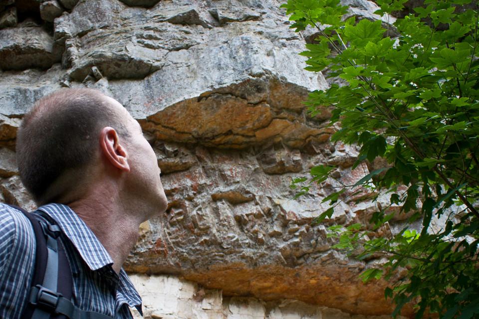Man kann an einem Wandertag einen Fächer von über 300 Millionen Jahre Erdgeschichte erleben.