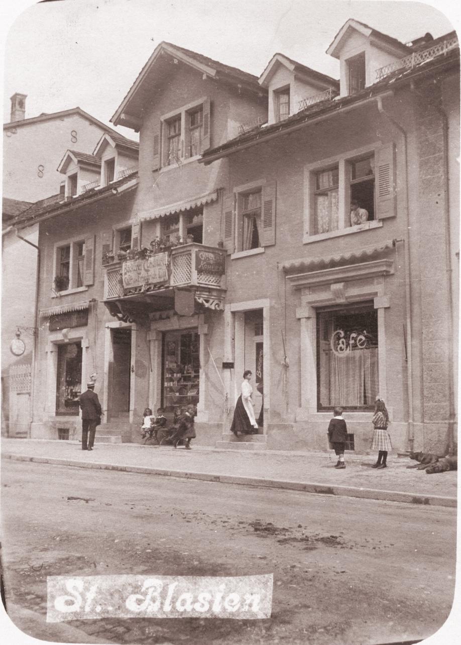 Das Café Ell in der Anfangszeit bis zum Jahr 1928