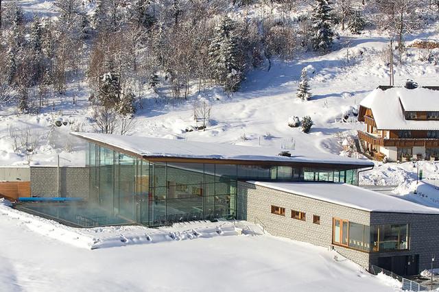 Auch im Winter einen Besuch wert: das Radon Revital Bad mit finnischer Sauna in Menzenschwand