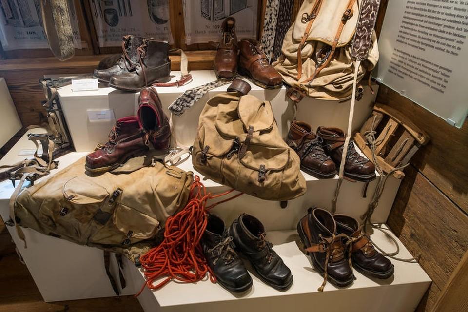 Im Skimuseum sieht man nicht nur die Errungenschaften von Georg Thoma, sondern die interessante Geschichte des Skisports, die ihren Anfang 1891 im Schwarzwald nahm.