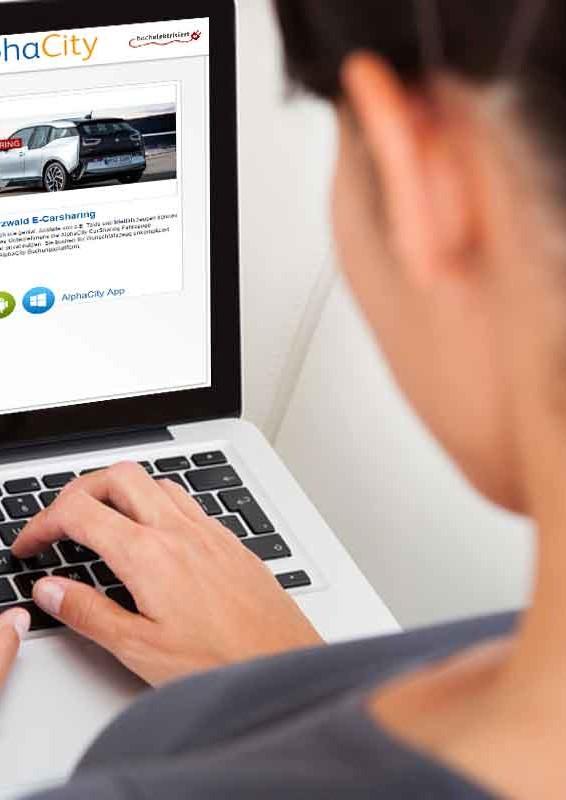 Registrierung für das E-Carsharing am Laptop