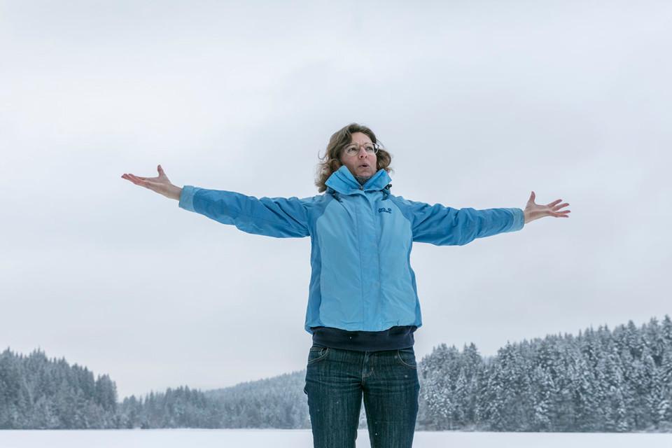 Entschleunigen im Winterwald: Tief durchatmen.