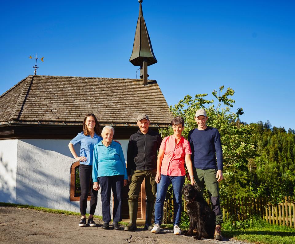 Pfändlerhansenhof Familie Saier