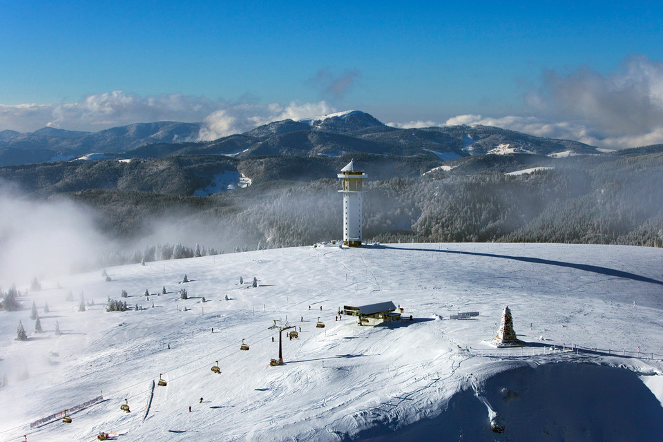 Ein schneereicher Winter auf dem Feldberg.