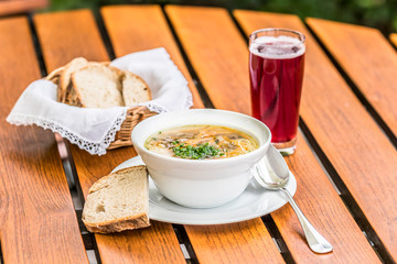 """""""Barmherzige Suppe"""" der Landfrauen / Badische Nudelsuppe"""