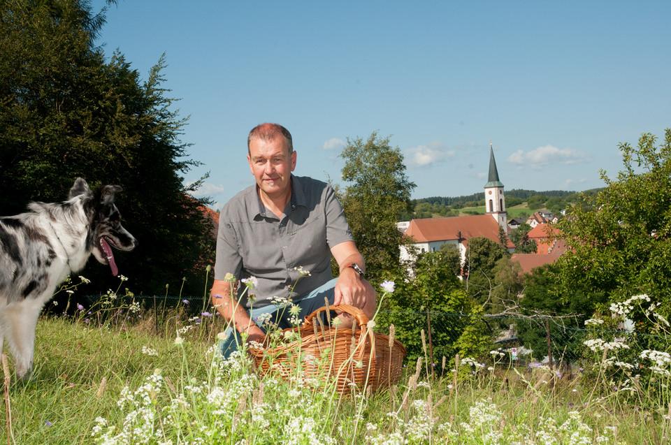 Michael Meßmer hat in seinem Gasthof Linde in Löffingen einen großen Gemüsegarten und eine Kräuterspirale angelegt. So konnte er viele vegetarische Wildkräuter-Rezepte ausprobieren, die bereits guten Anklang fanden.